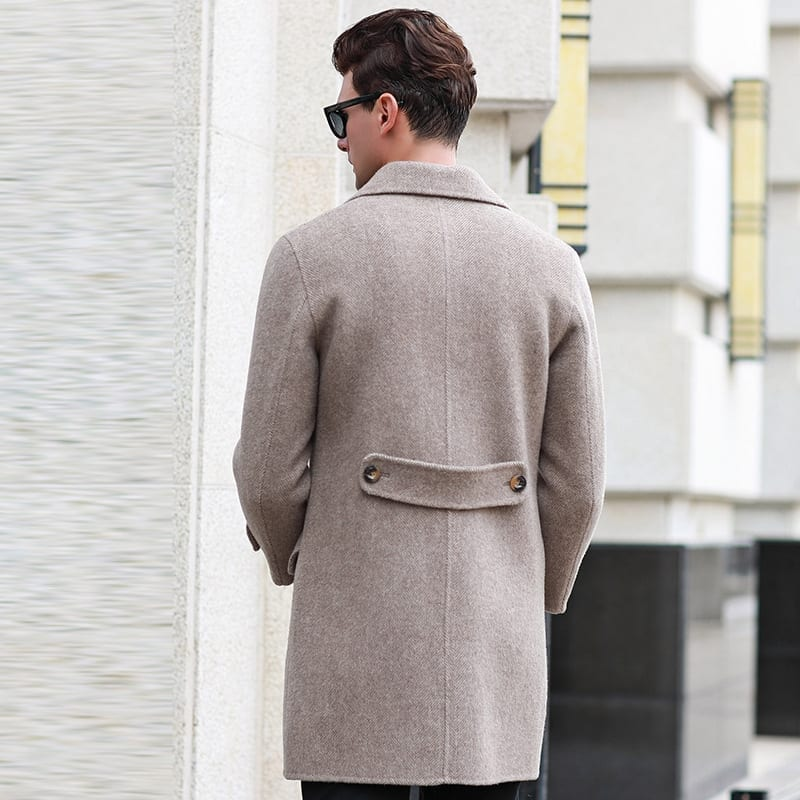 Double-buttoned wool mid-length coat